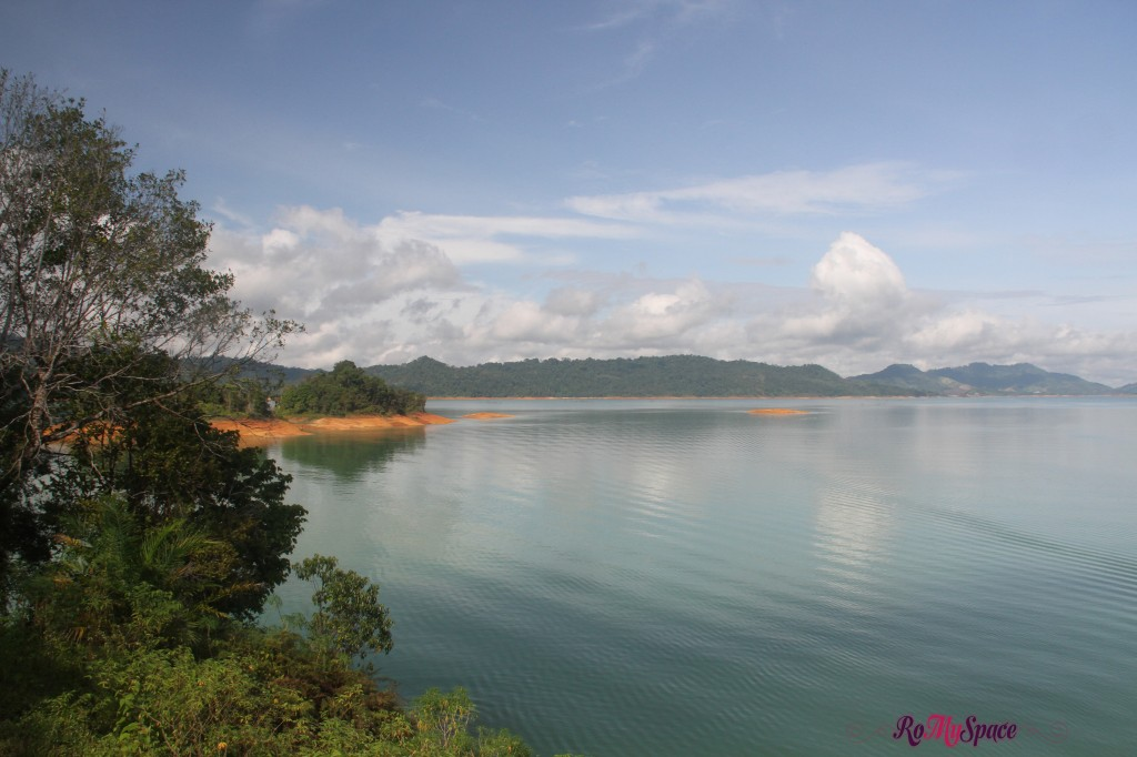 lago  - batang ai national park