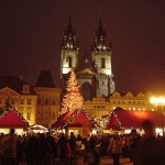 800px-Christmas_Old_Town_Square_Prague_2007