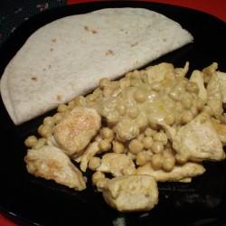 Pollo al curry, ceci e cocco