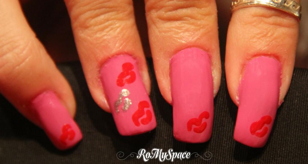baci kiss bacio kisses nailart nails unghie nail art smalto rosa pink san valentino valentine romyspace  copia