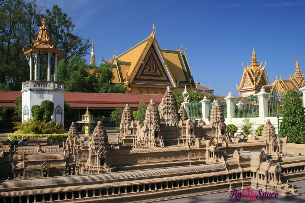 Miniatura di Angkor Wat - Palazzo reale di Phnom Penh