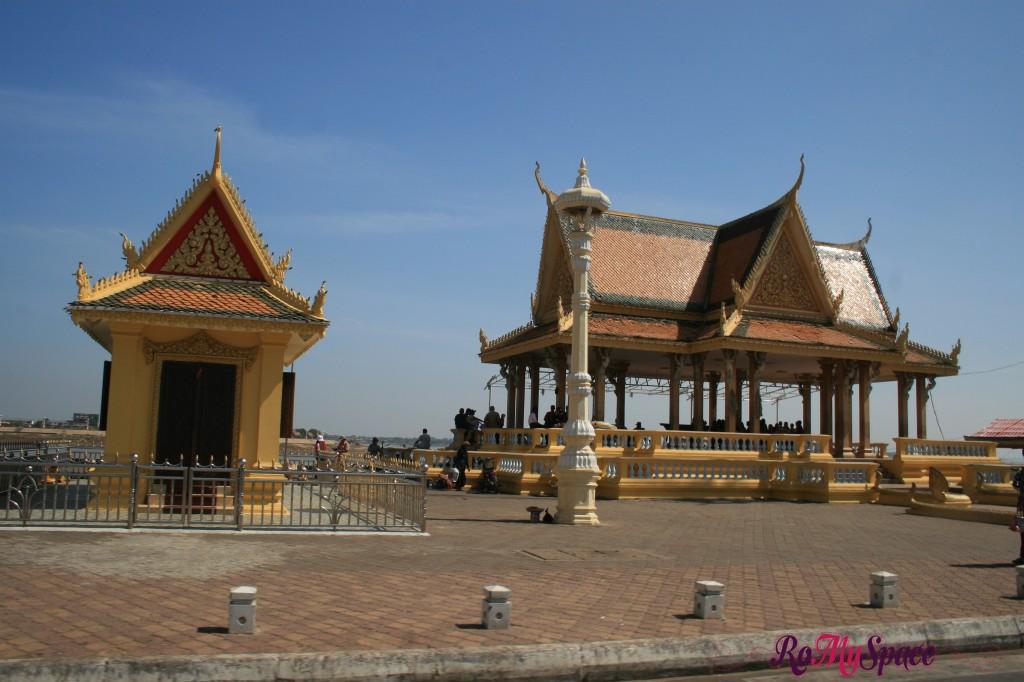 Imbarcadero - Palazzo reale di Phnom Penh