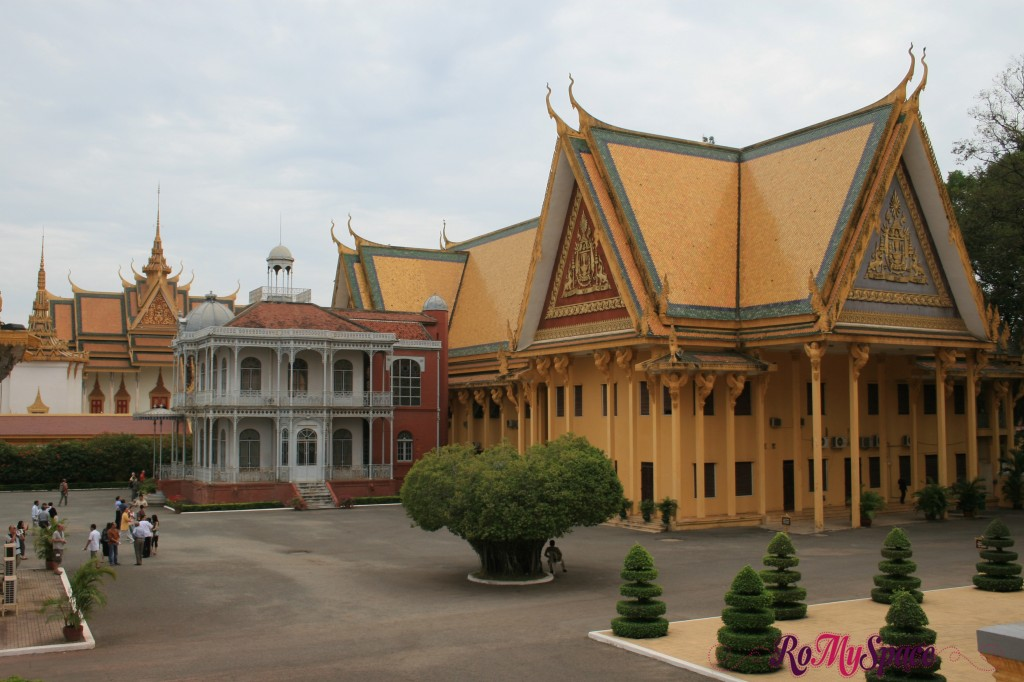Iron House - Palazzo reale di Phnom Penh