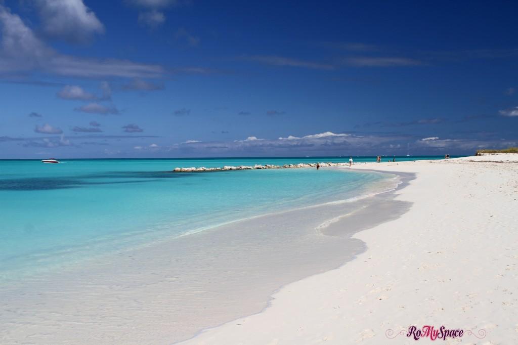 Spiaggia di Grace bay a Providenciales