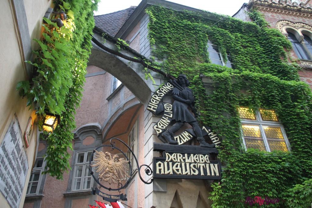 Dar Liebe Augustin