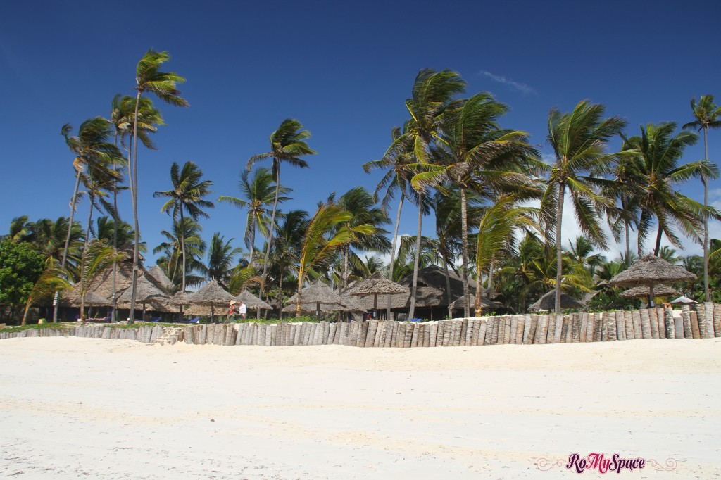 Zanzibar - spiaggia di Dongwe