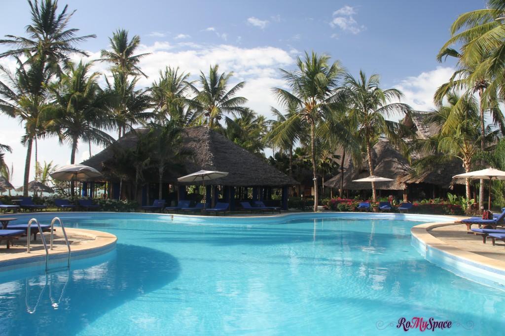 Brezees Beach Resort - Zanzibar
