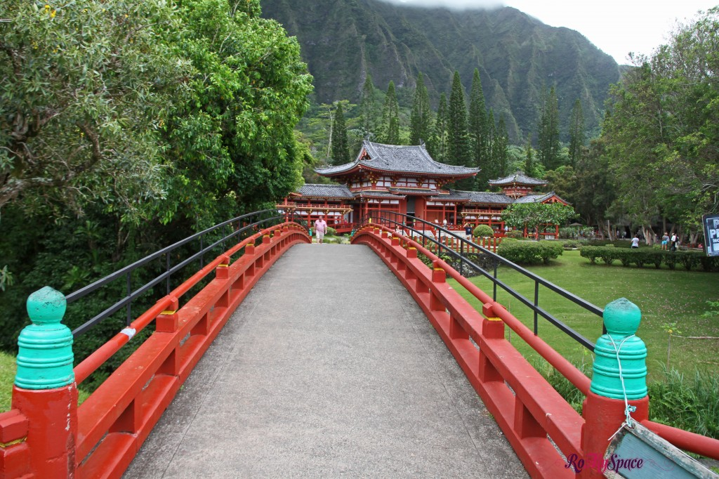 byodo-in temple - valley of temples