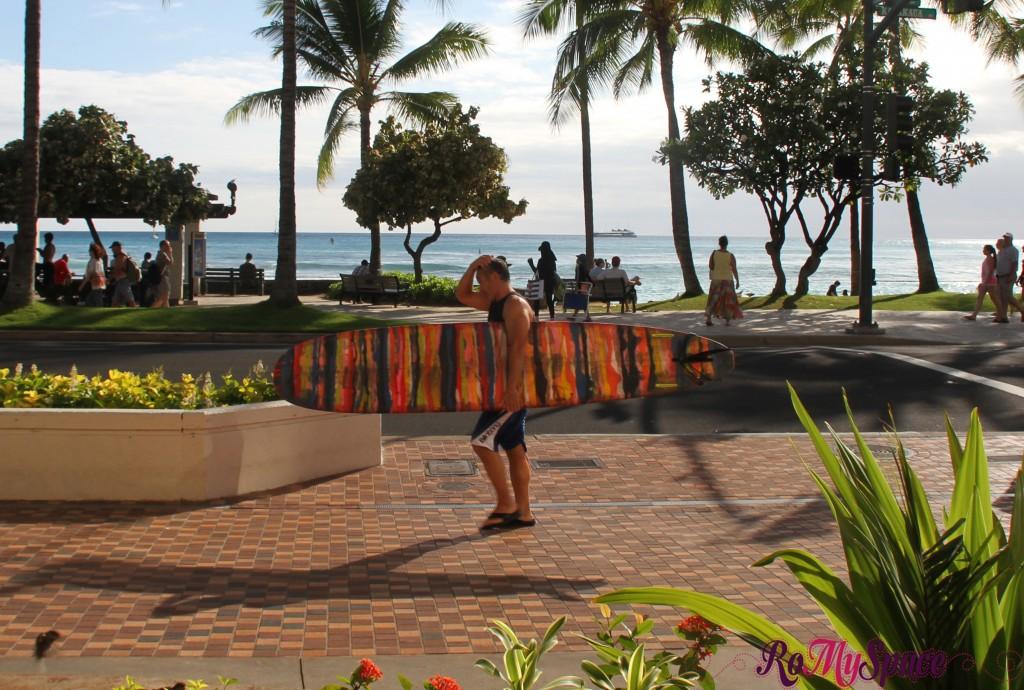 surf a Waikiki