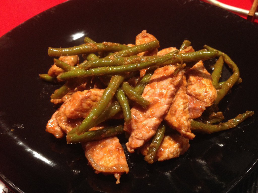 ricetta recipe romyspace maiale curry rosso fagiolini thai thaifood thailandia thailand tailandia tailandese thailandese wok piatto 2