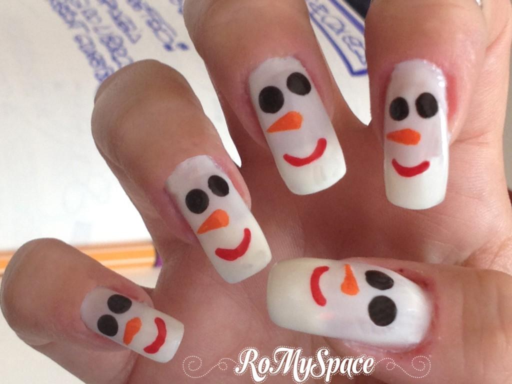 nailart nail art nails unghie decorazione pupazzo di neve snow smalto polish snowman romyspace foto tutorial finale copia