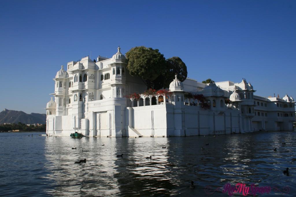 udaipur -  la città bianca