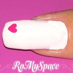 Nail Art Small Heart