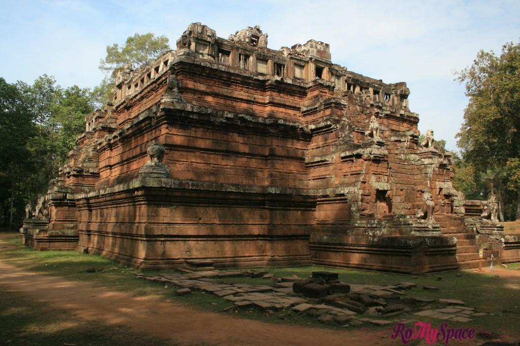 angkor thom - phimeanakas