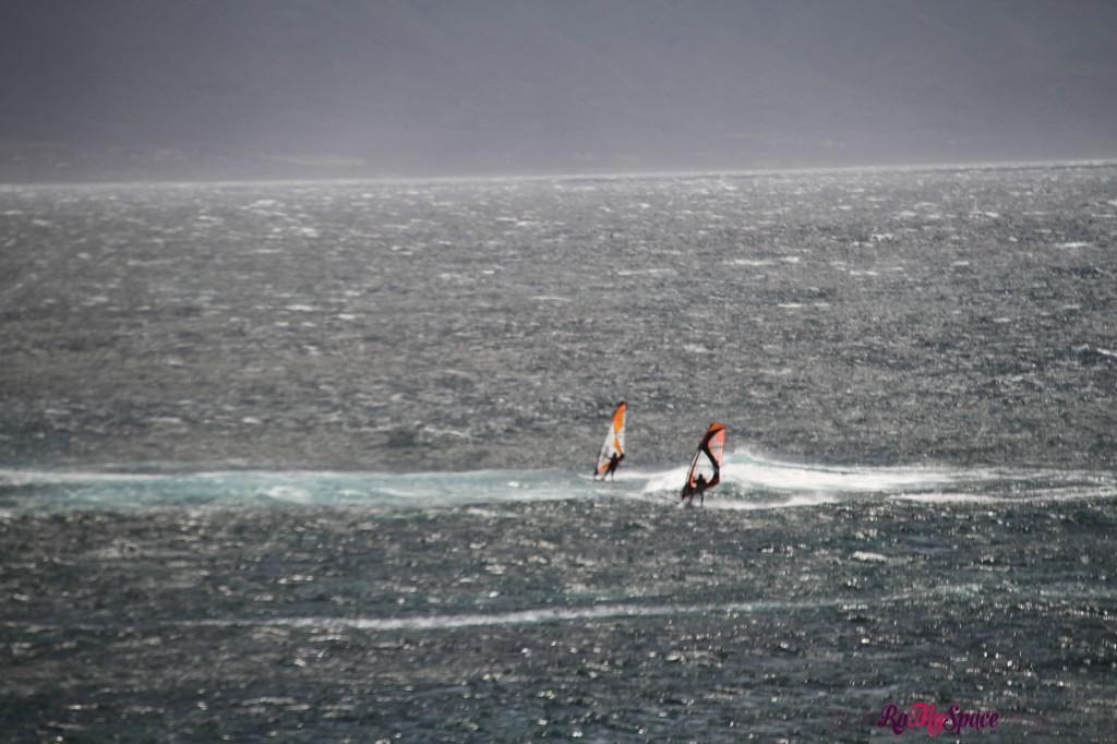 Hana Highway - surfisti