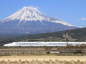 Shinkansen_Mount_Fuji