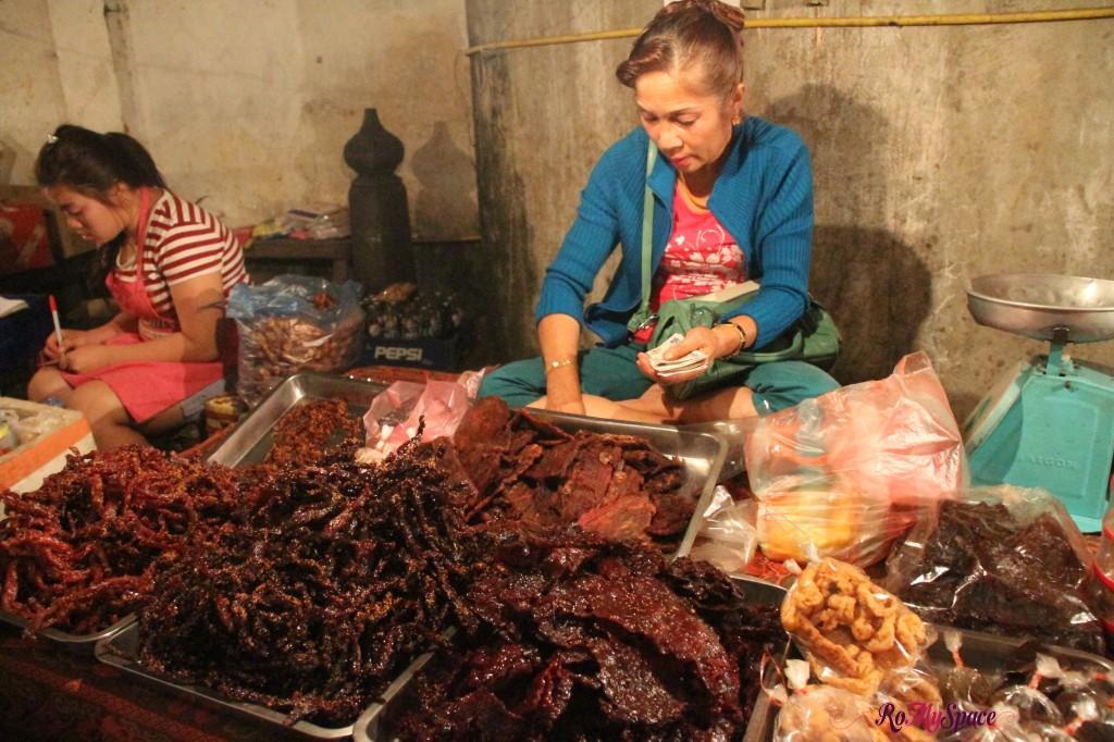 luang prabang_night market_carrie (17)