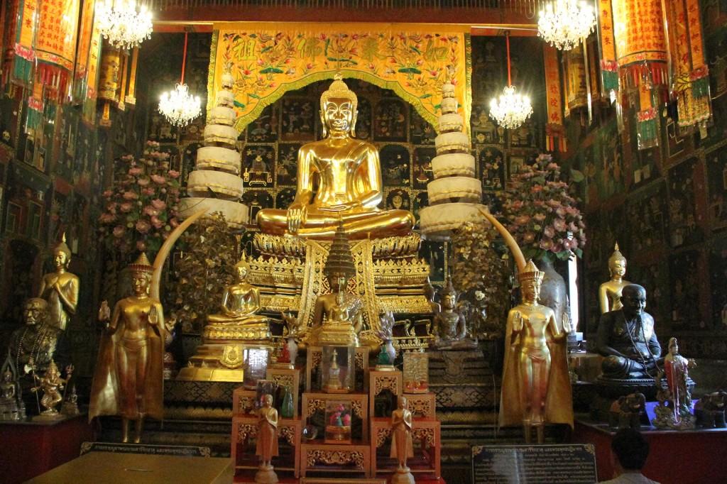 ayutthaya_wat phanan choeng_carrie (67)