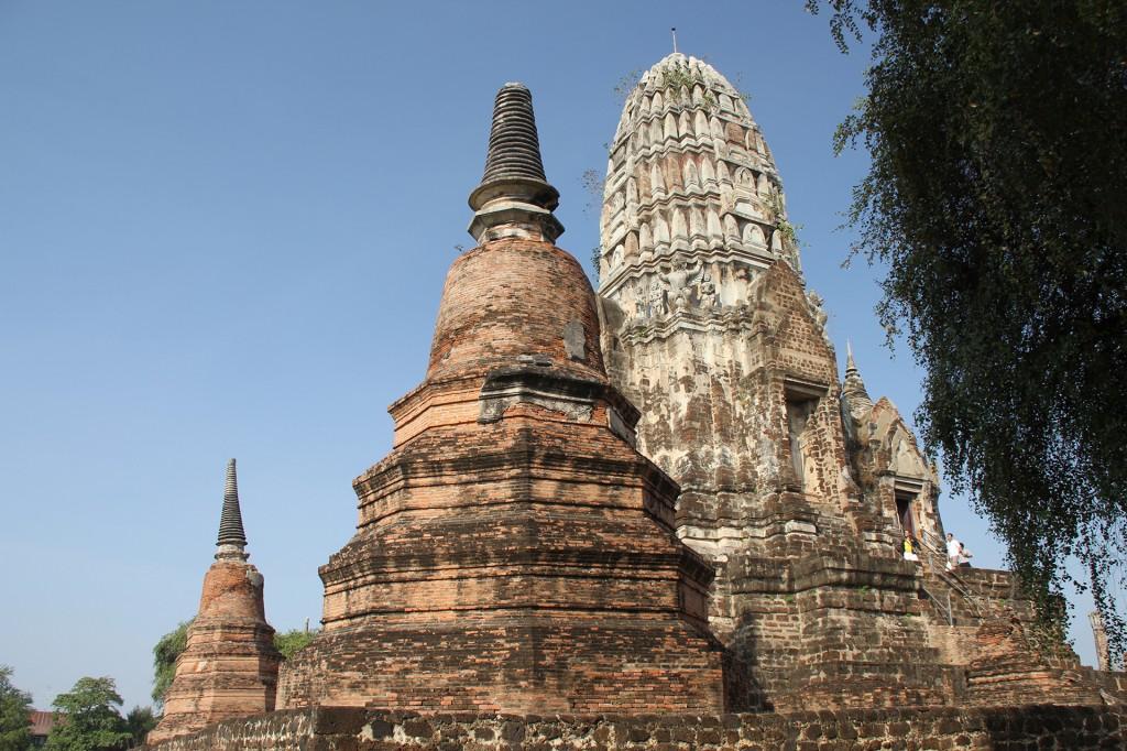ayutthaya_wat ratburana_carrie (23)