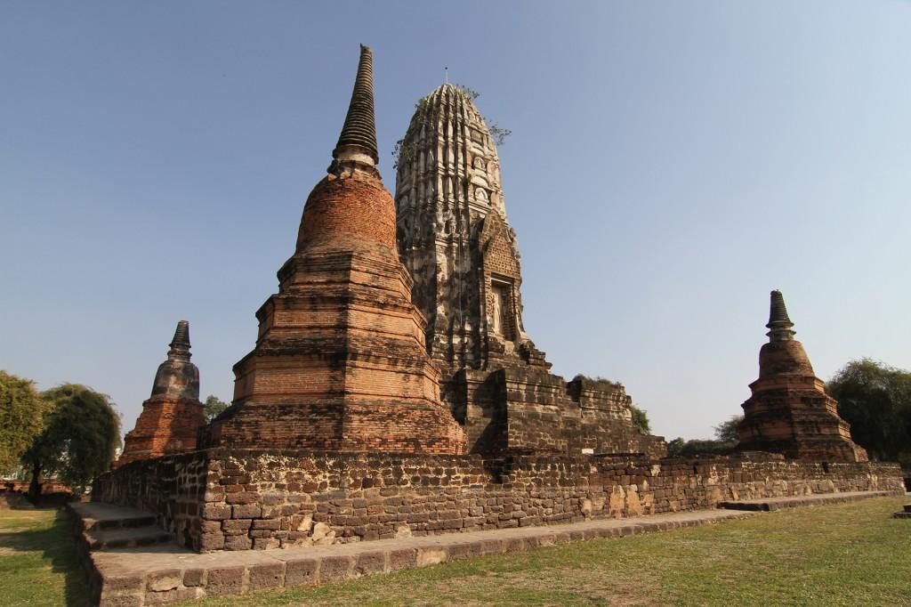 ayutthaya_wat ratburana_carrie (31)