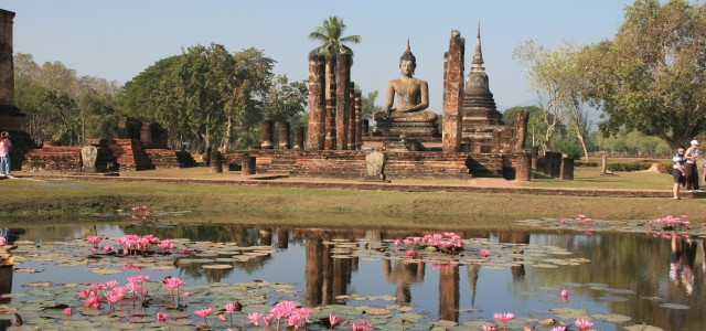 Sukhothai, tra templi e ninfee