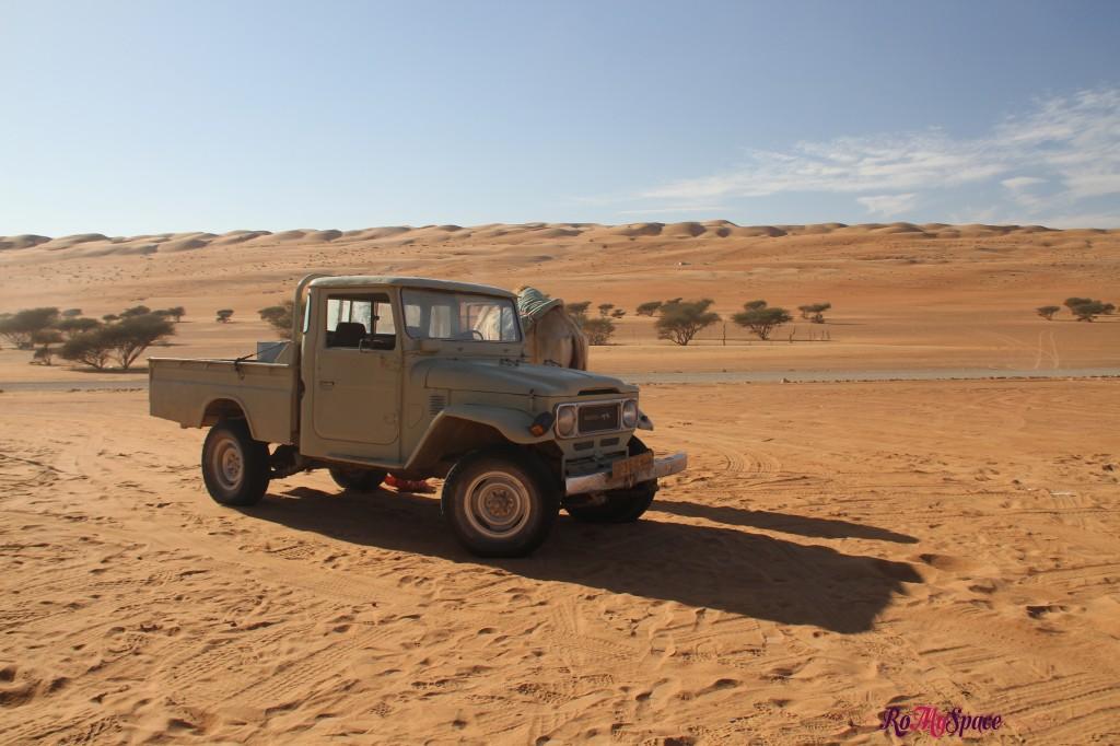 oman sharqiya deserto