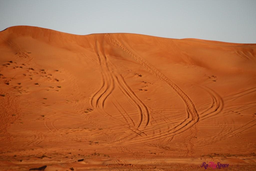 oman sharqiya deserto duna sabbia rossa