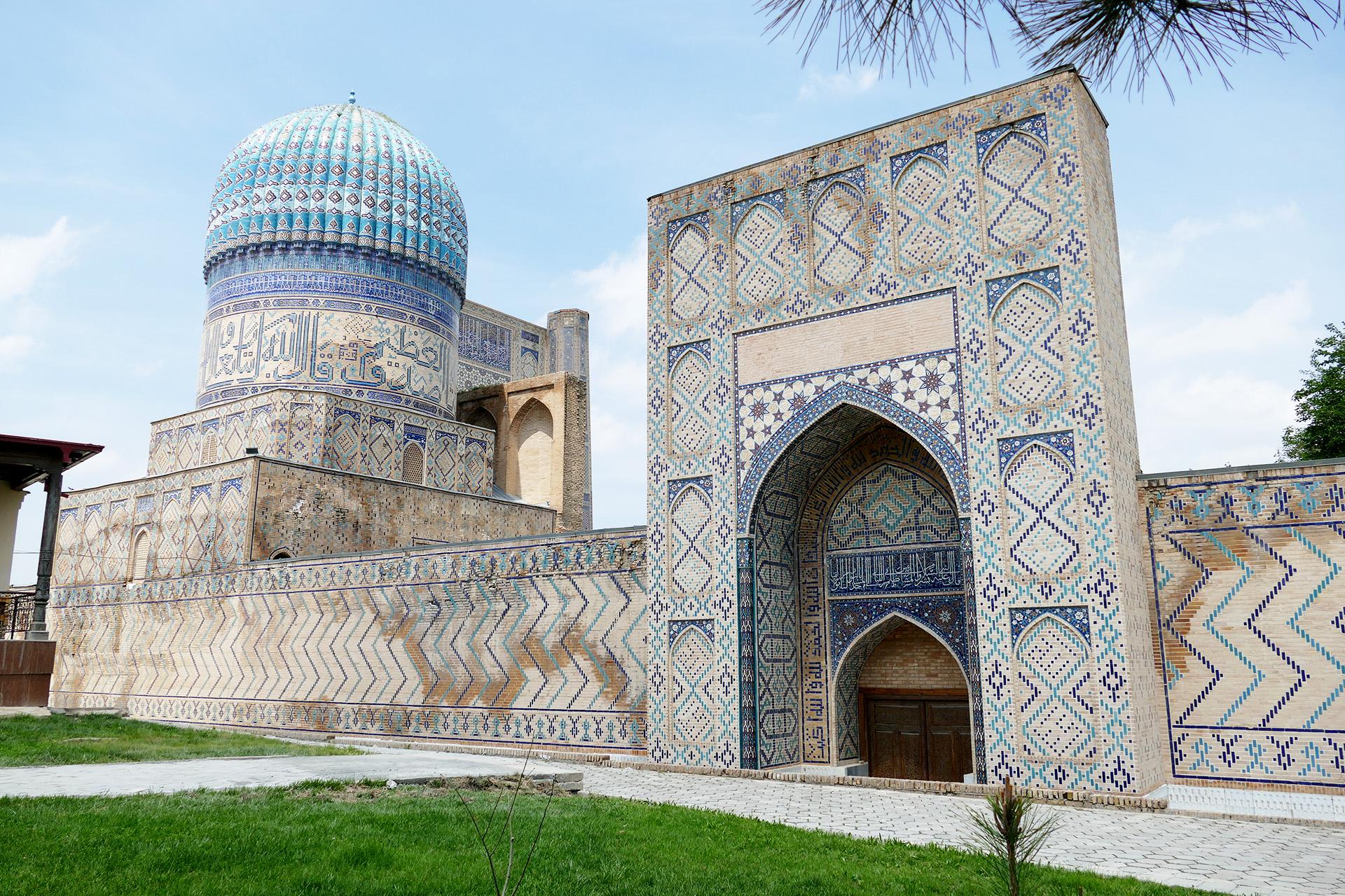 Risultati immagini per moschea di bibi-khanym
