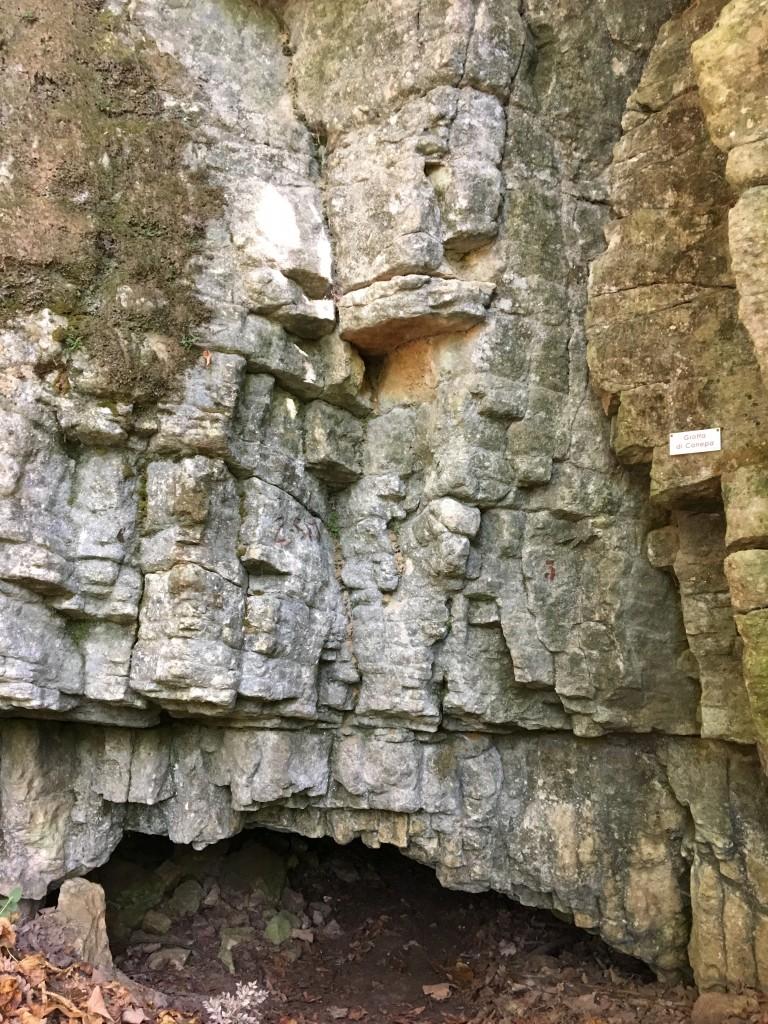 grotta di canepa