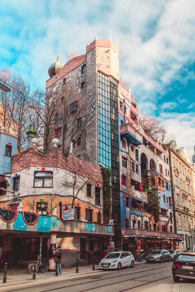 Le famose Hundertwasserhaus a Vienna! Spero di aver scritto bene!